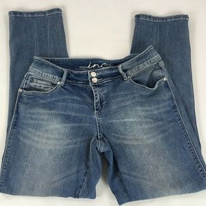 INC International Concepts Straight Jeans Size 4